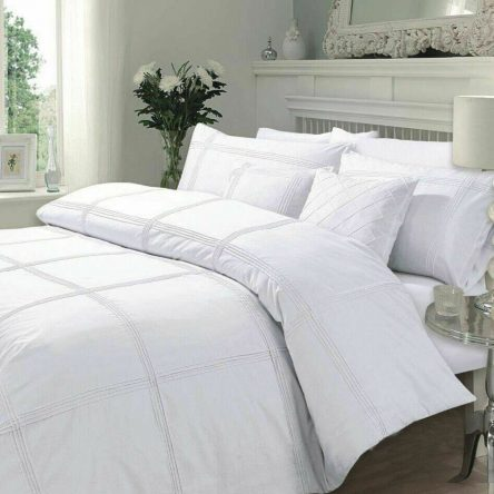 Pintuck Pleat White Double Duvet Quilt Cover Set