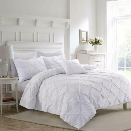 Pinch Pleat White Double Duvet Quilt Cover Set
