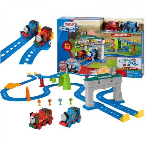 Thomas & Friends Motorized Railway 2 Engines & 50pcs